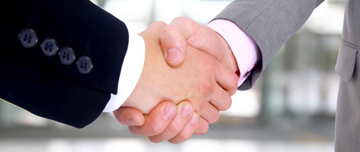 business-handshake_slider-home